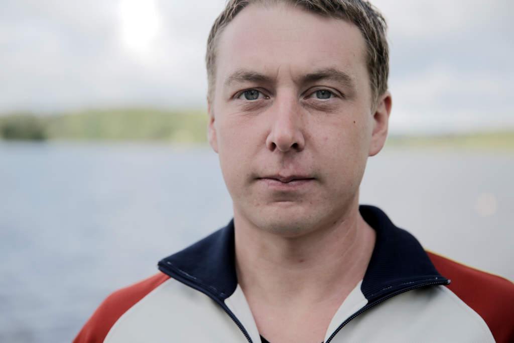 foto : magnus wennman : vi Œker till lindesbeg och trŠffar anhšriga till omkomna i estoniakatastrofen. andreas gunnarsson